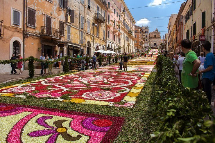 Why Sicily is the Best Place to Visit in the Spring